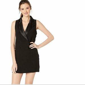🆕BB Dakota Black sleeveless Tuxedo Dress SZ4